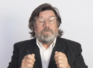 Actors including Ricky Tomlinson appear in the video, which seeks the resignation of