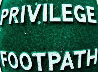 Walk this way: Civil servants retain their 'privilege days'
