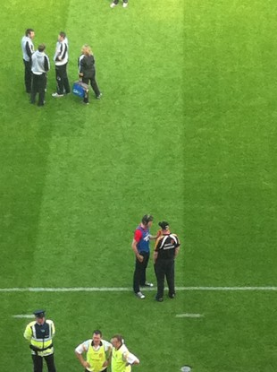 Murph chats to Kilkenny manager Brian Cody at Croke Park yesterday.