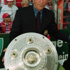 Trap wins the Bundesliga with Bayern Munich in 1997.