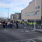 The small number of demonstrators remaining at around 4:40pm. Photo: Christine Bohan/TheJournal.ie