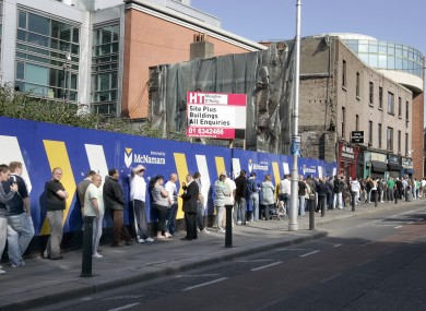Ireland's dole queues remain lengthy, but got slightly shorter in March.