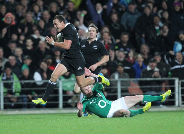 Israel Dagg scores a try despite Keith Earls  23/6/2012
