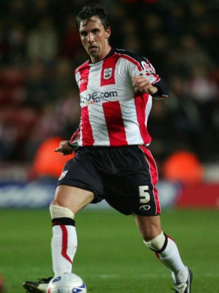 Lundekvam during his Southampton days.