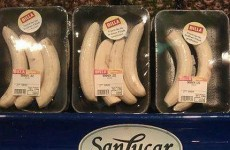 Supermarket chain criticised for pre-peeled bananas