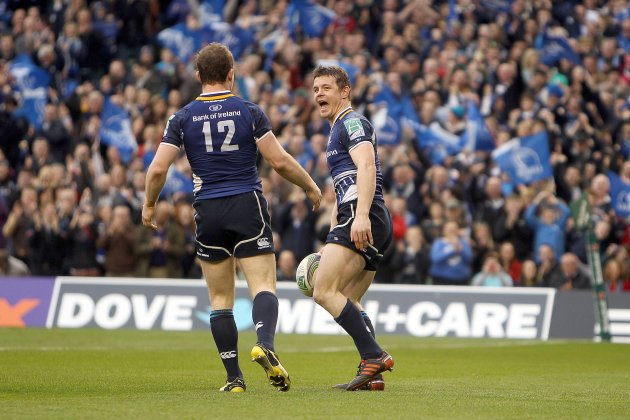 Brian O'Driscoll celebrates his try with Gordon D'Arcy 7/4/2012