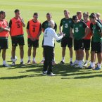 Giovanni Trapattoni speaks to the team.
