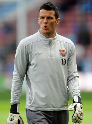 West Ham keeper Henderson.