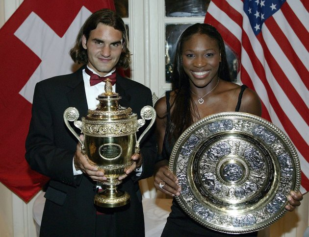 Wimbledon Champions Roger Federer and Serena Williams pose for photographs 6/7/2003