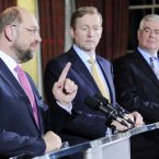 (LtoR) President of the European Parliament, Martin Schulz, Taoiseach Enda Kenny and Tánaiste Eamon Gilmore pictured at Dublin Castle prior to a meeting to discuss the priorities of the Irish EU Presidency beginning in the new year. 