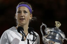 Azarenka overcomes injury-hit Li Na to retain Australian Open title