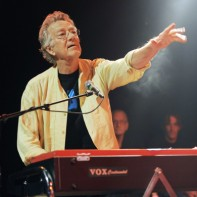 Irish fans remember Doors founder Ray Manzarek